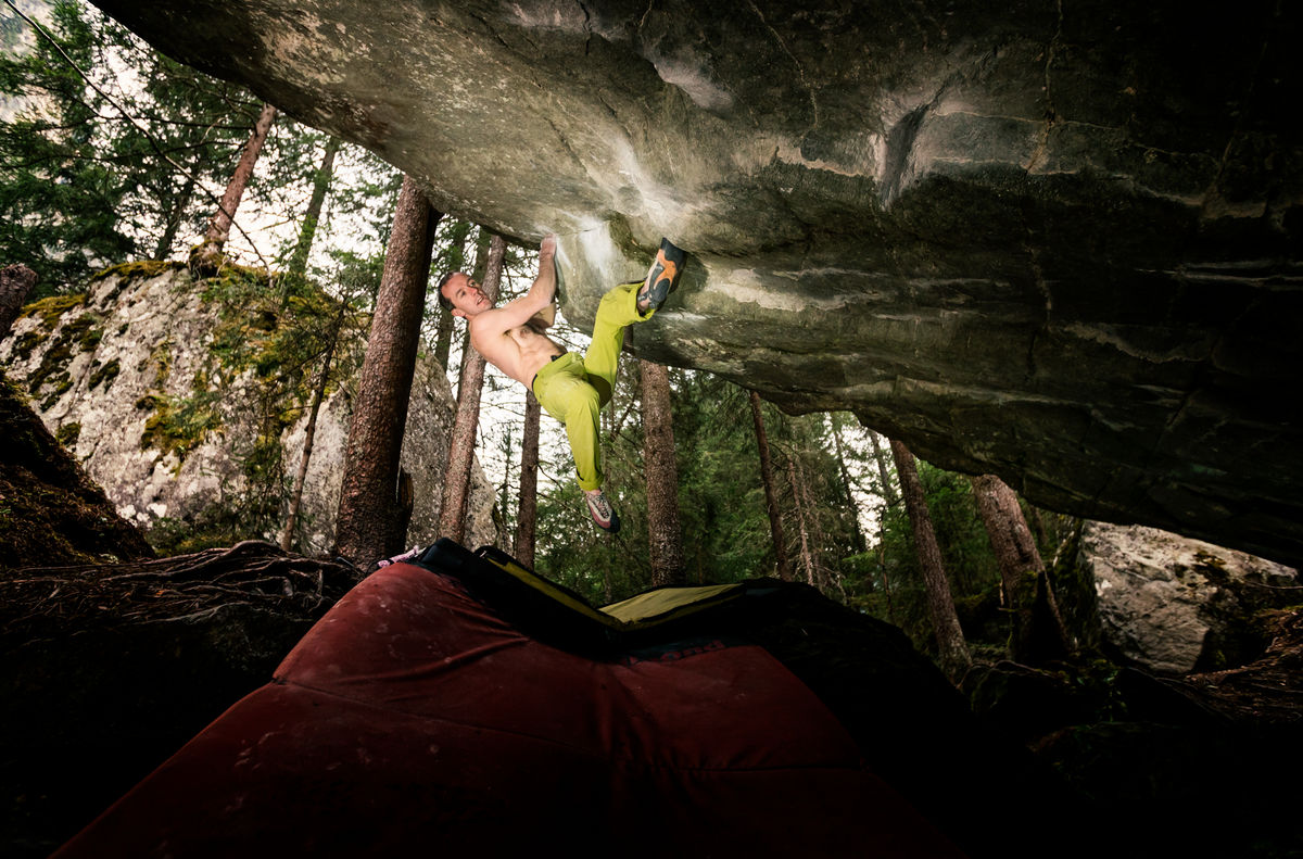 Dave MacLeod on Practice of the Wild 8C, 243 kb