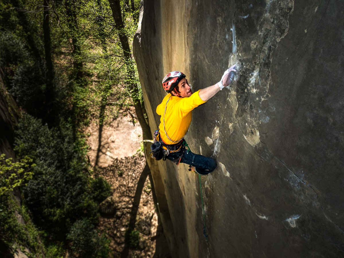 Le Voyage E10 7a - 'It's definitely the best new trad route I have ever done'., 227 kb