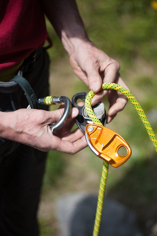 Assisted Breaking Belay Device Review - Petzl GrigriPlus 1, 84 kb