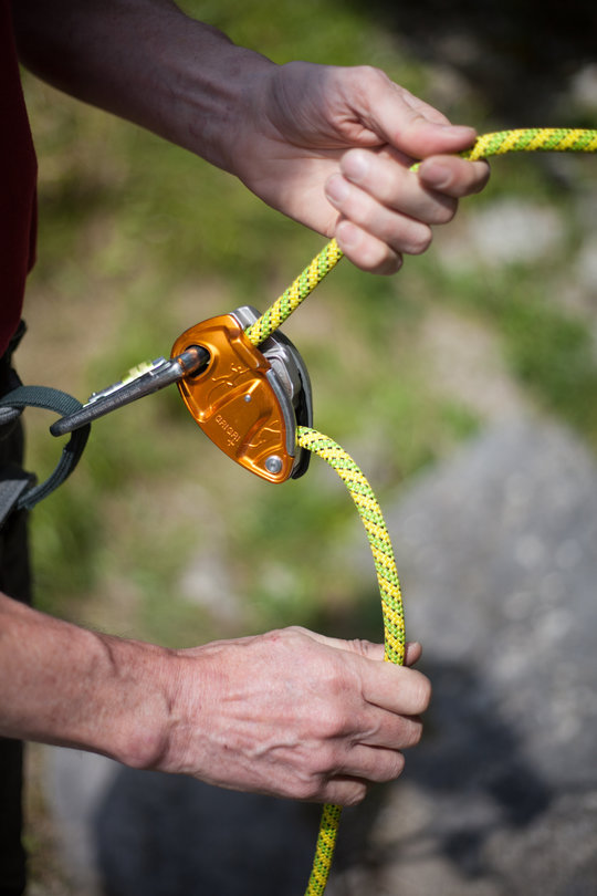 Assisted Breaking Belay Device Review - Petzl GrigriPlus 2, 81 kb