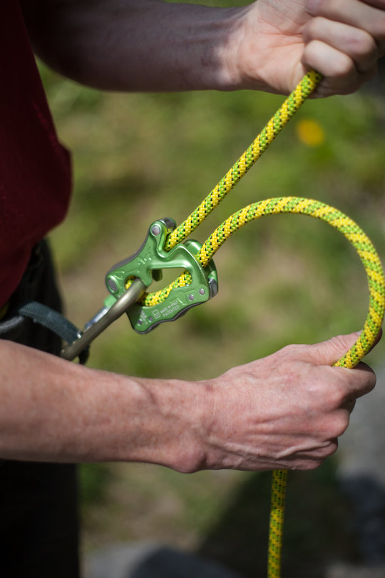 Assisted Breaking Belay Device Review - CT Click Up 3, 78 kb