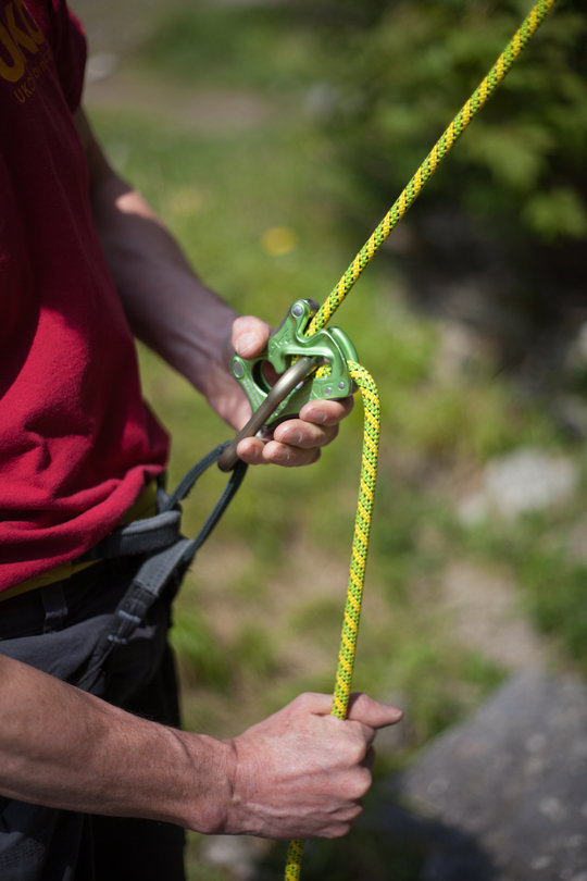Assisted Breaking Belay Device Review - CT Click Up 6, 81 kb