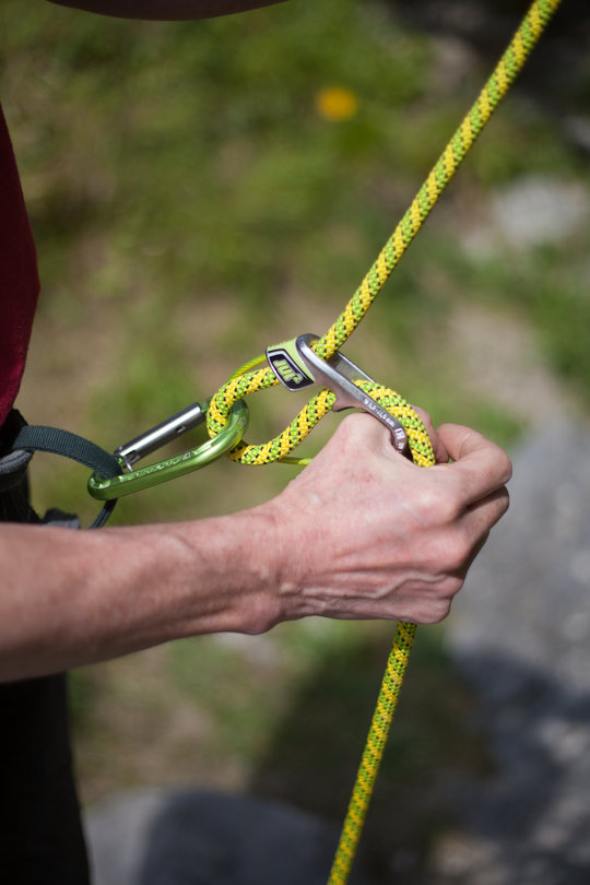 Assisted Breaking Belay Device Review - Edelrid Jul2 2, 75 kb