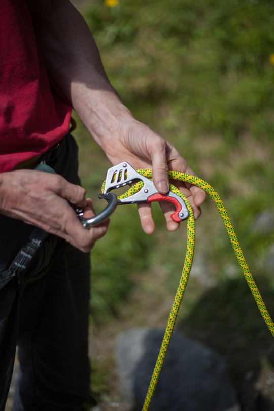 Assisted Breaking Belay Device Review - Mammut Smart 1, 80 kb