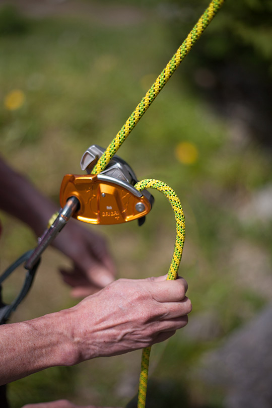 Assisted Breaking Belay Device Review - Petzl GrigriPlus 3, 84 kb