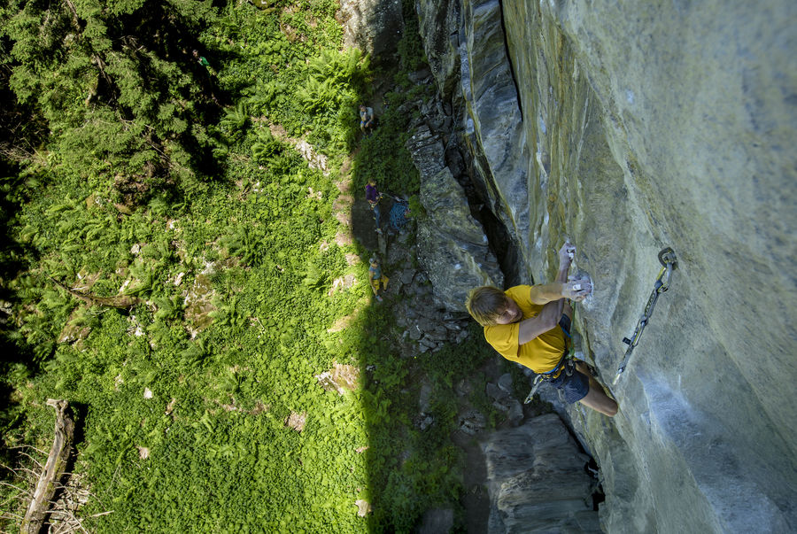 Alex Megos on Companion of Change, 9a+, Bergstation, Zillertal. , 197 kb