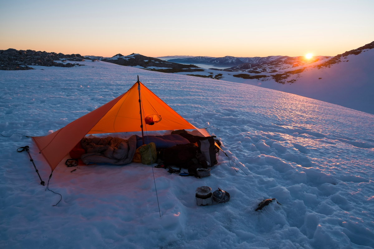 A tarp can be a viable alternative to a tent any time of year - if you pick your moment, 162 kb