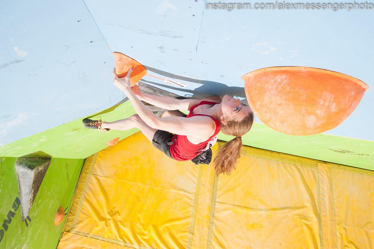 Hannah Slaney impressed in the women's event, 108 kb