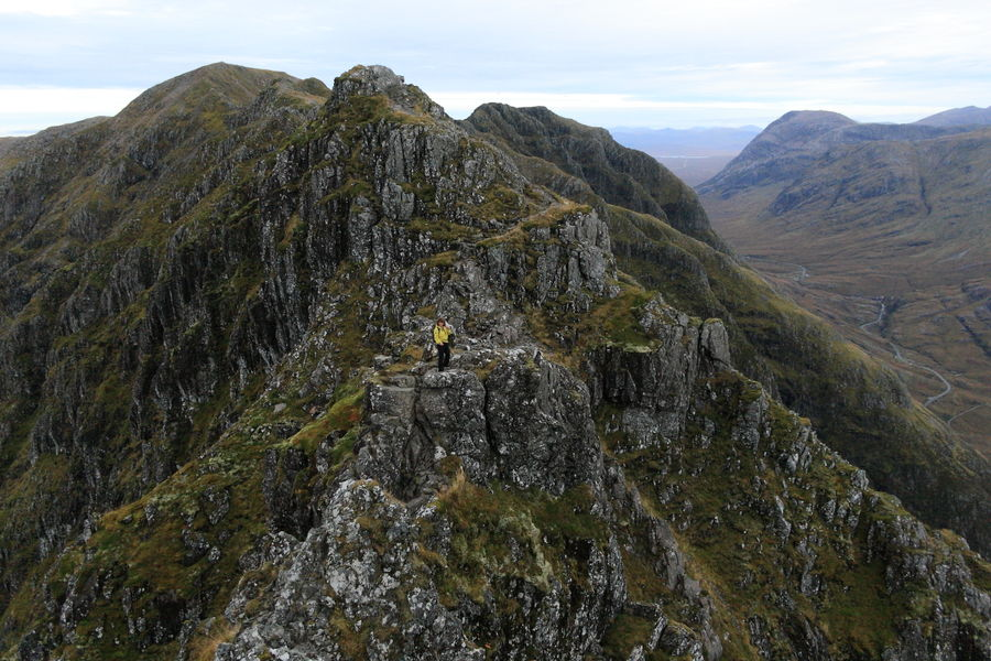 Spectacular positions all the way on this Glen Coe classic, 131 kb