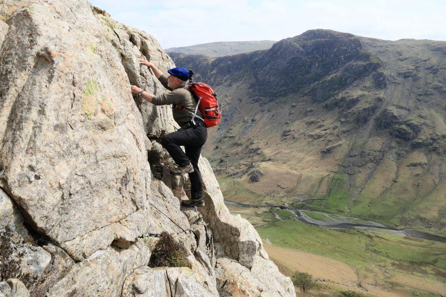 Scrambling aficionado Stephen Goodwin high above Langstrath on the fantastic Cam Crag , 140 kb