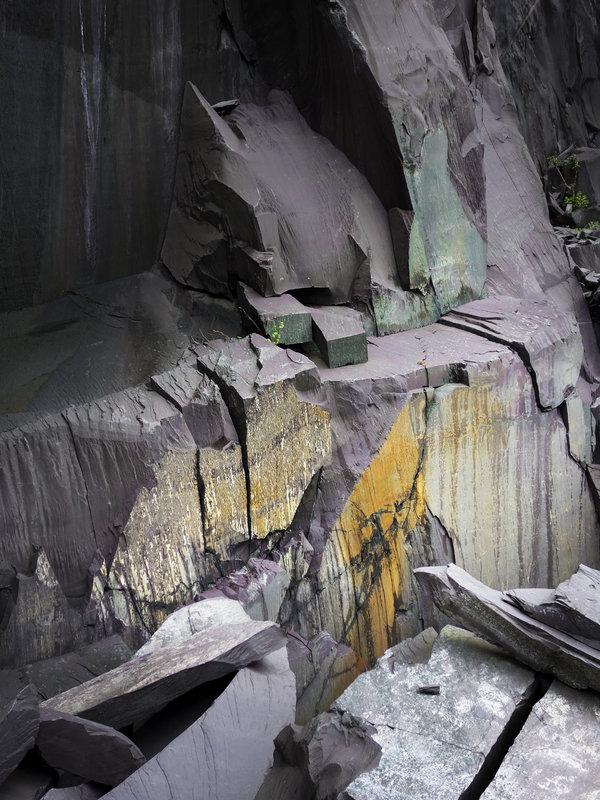 Llanberis Slate Colours - Rainbow Walls Upper , 150 kb