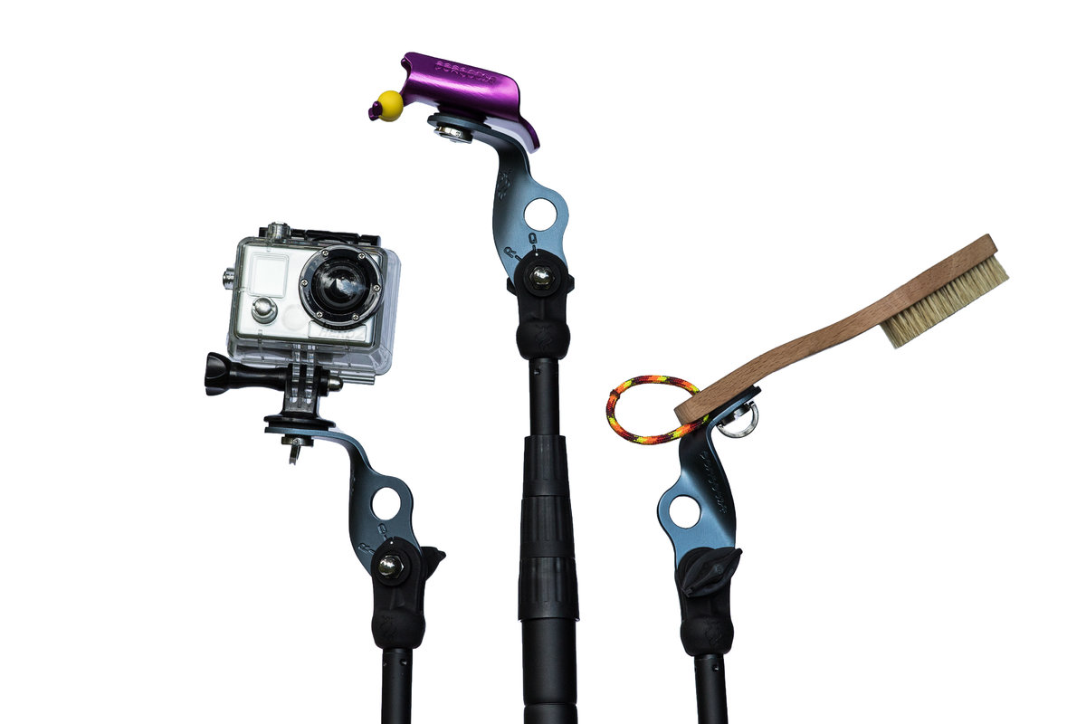 Pongoose Climber 700 photo of all three functions - clipstick, brushing stick and camera boom