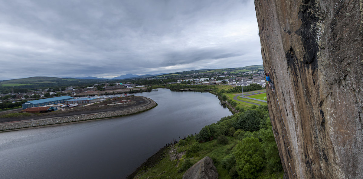 Niall and his playground: Dumbarton Rock panorama, 162 kb