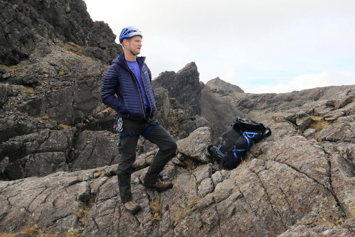 Midweight warmth boost on an autumnal Pinnacle Ridge, 219 kb