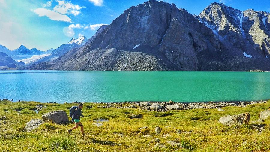 Jenny Tough running across Kyrgyzstan, 157 kb