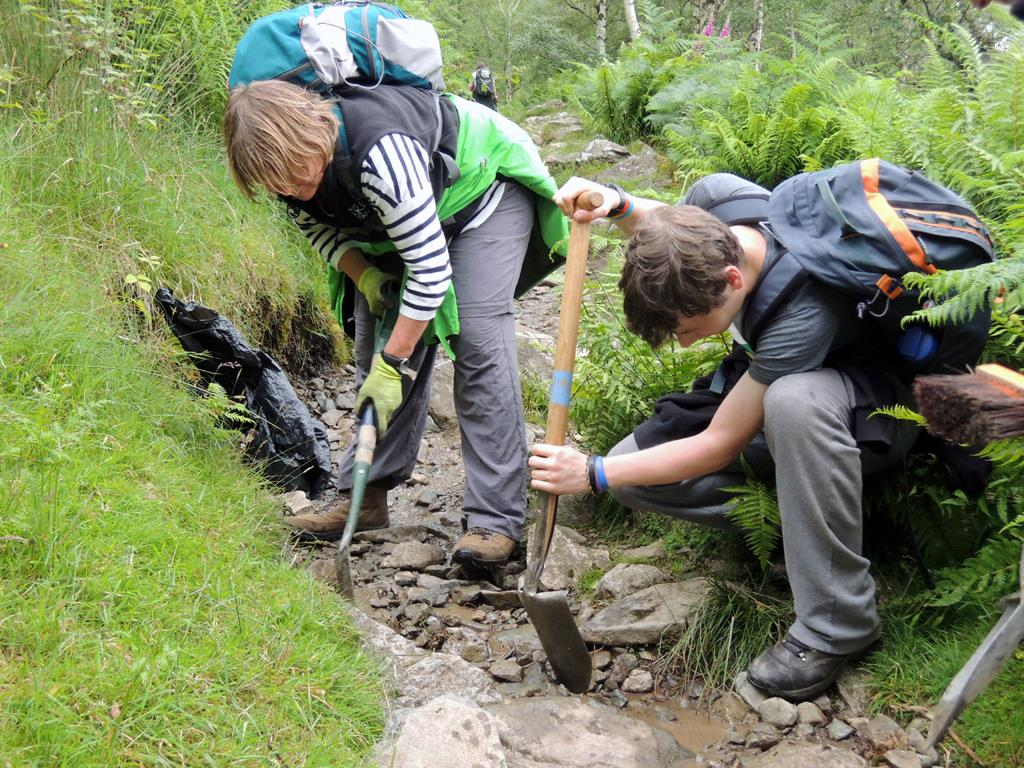 Volunteers at work on an Ullswater fell care day in 2016, 186 kb