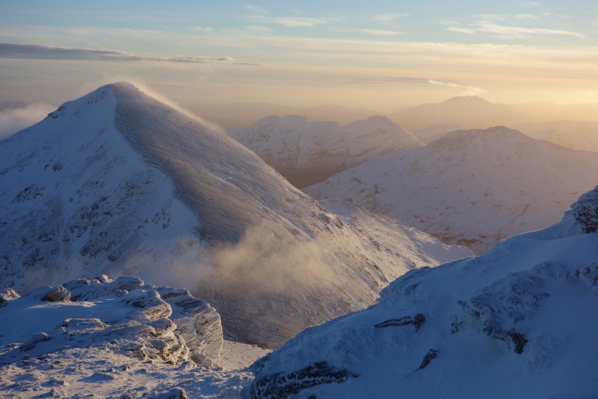 Winter above Crianlarich - she loves the challenge of this time of year, 137 kb