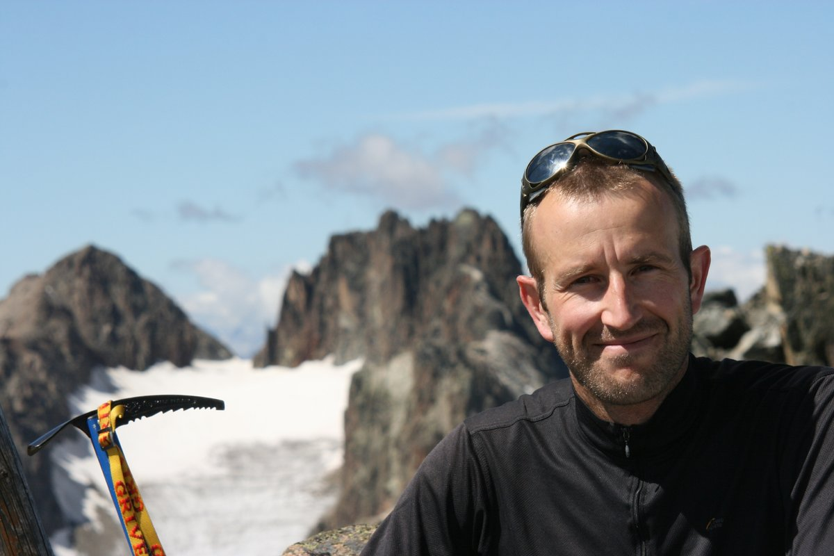 Summitting a peak in the Graubünden , 92 kb