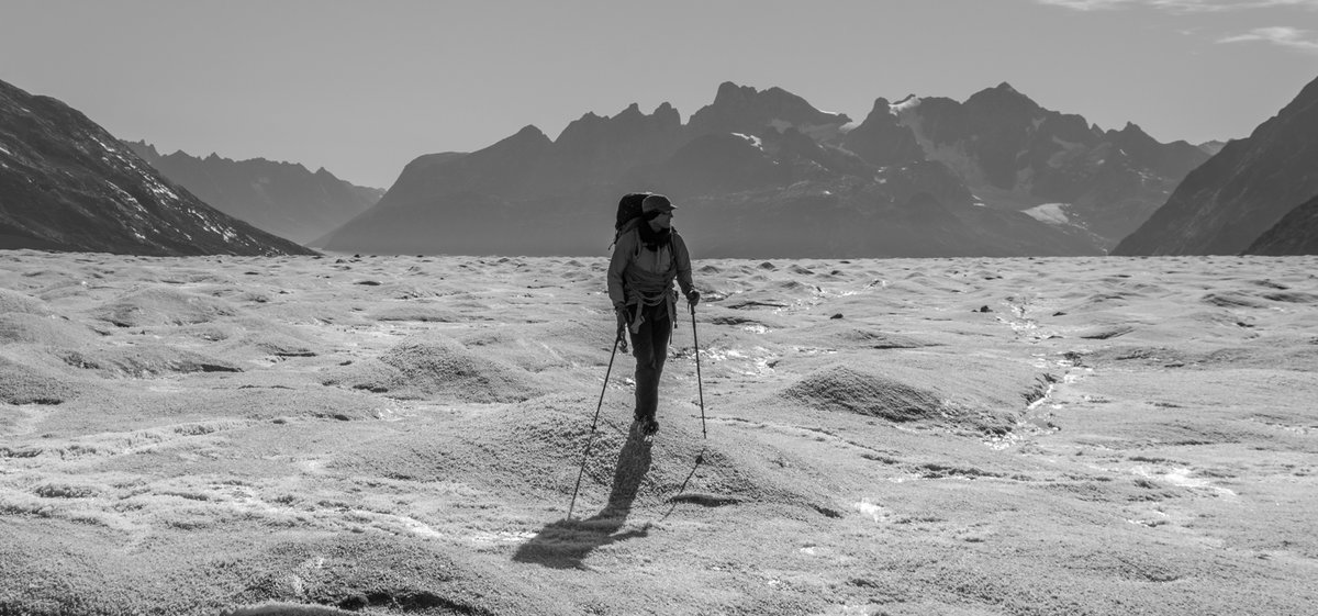 Approach to advance camp on the Knud Rasmussen glacier, East Greenland , 149 kb