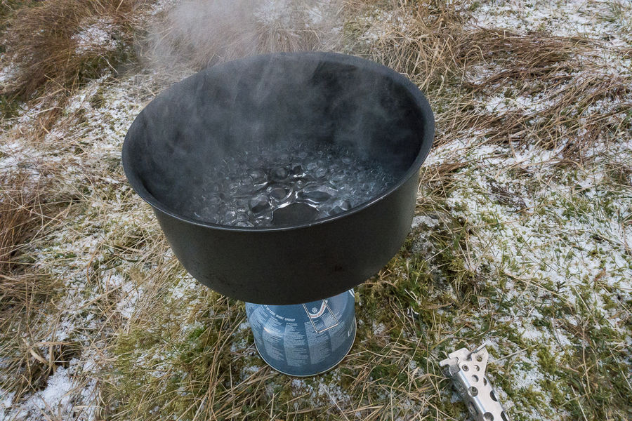 Boiling the crap out of some water - but you can simmer too, 226 kb