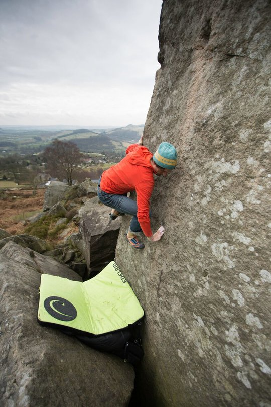 Bouldering at Curbar in the Montane Spider Hoodie, 101 kb